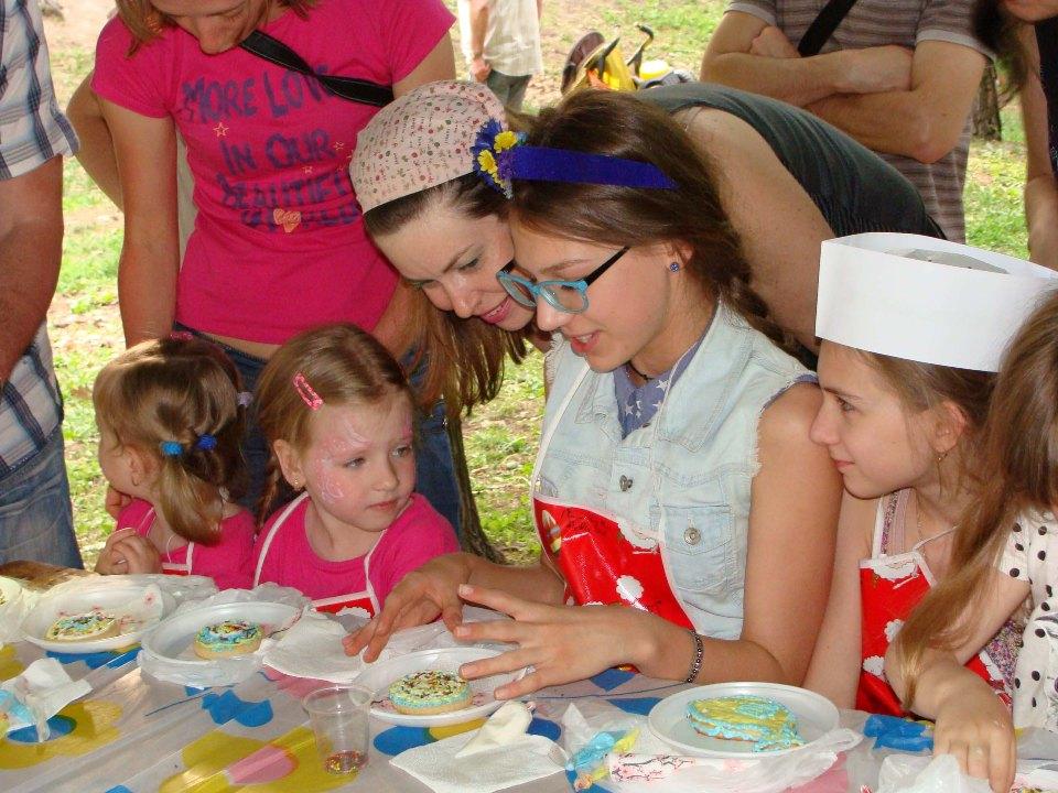 Роспись имбирных пряников — фестиваль «Family Day»